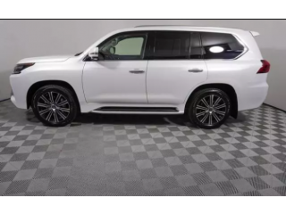Affordable Price for Good engine with accident free used car 2019 model with full air condition